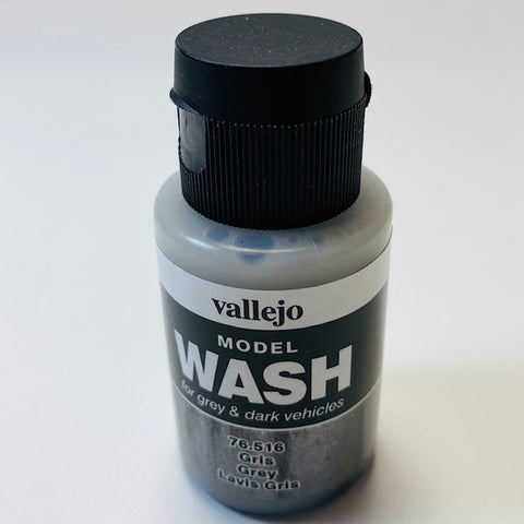 Vallejo Model Wash For Grey And Dark Vehicles Gris Grey 76.516 35ML.