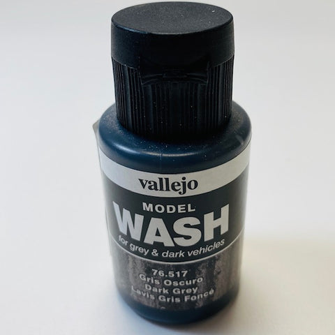 Vallejo Model Wash For Grey And Dark Vehicles Dark Grey 76.517 35ML.