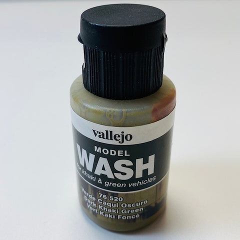 Vallejo Model Wash For Khaki And Green Vehicles Dark Khaki Green 76.520 35ML.