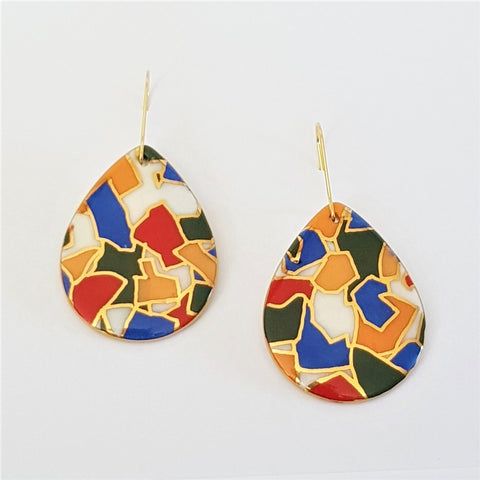 Porcelain drop earrings in bright jigsaw pattern with 22 kt gold linework