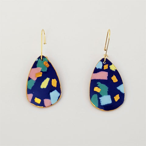 Dangle earrings indigo terrazzo style with pastels.