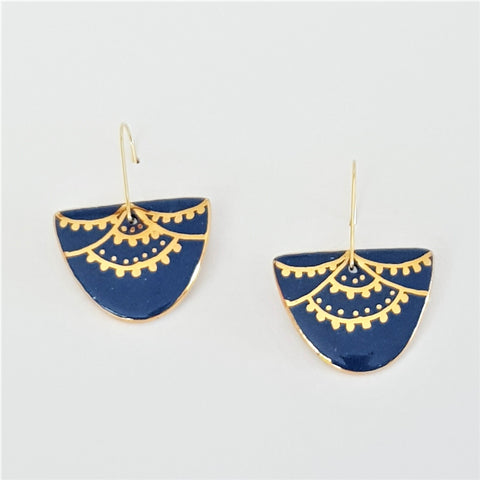 D Dangle porcelain earrings in denim blue with 22 kt gold linework