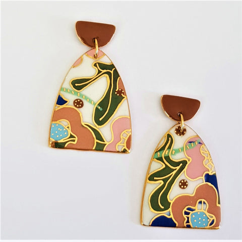 stunning floral statement earrings with 22 kt gold highlights and edges