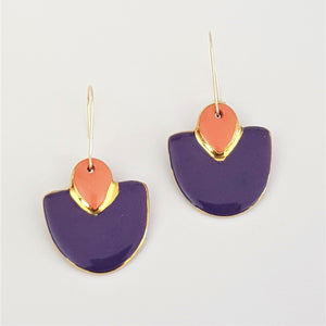Two-toned elegant drops in paprika and royal purple with gold border.