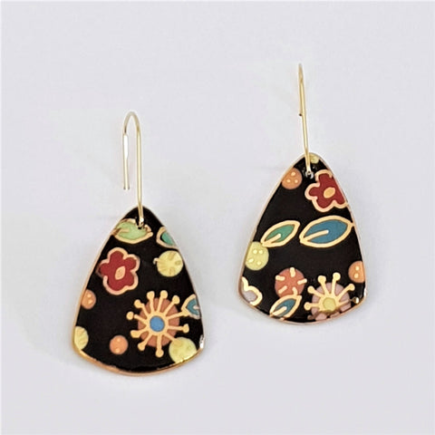 Black floral mini dangle earrings with gold