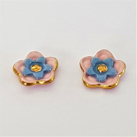 Floral collective studs in pink and gray