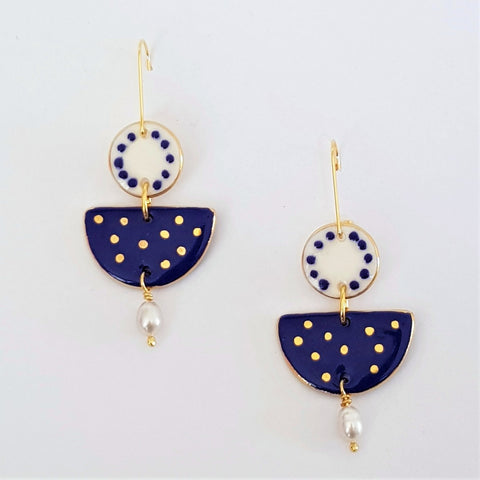Two tiered porcelain earrings with pearls and gold - white and indigo.