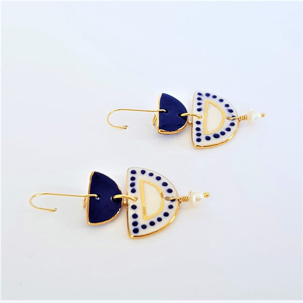 Two tiered porcelain earrings with pearls and gold - dark blue and white.