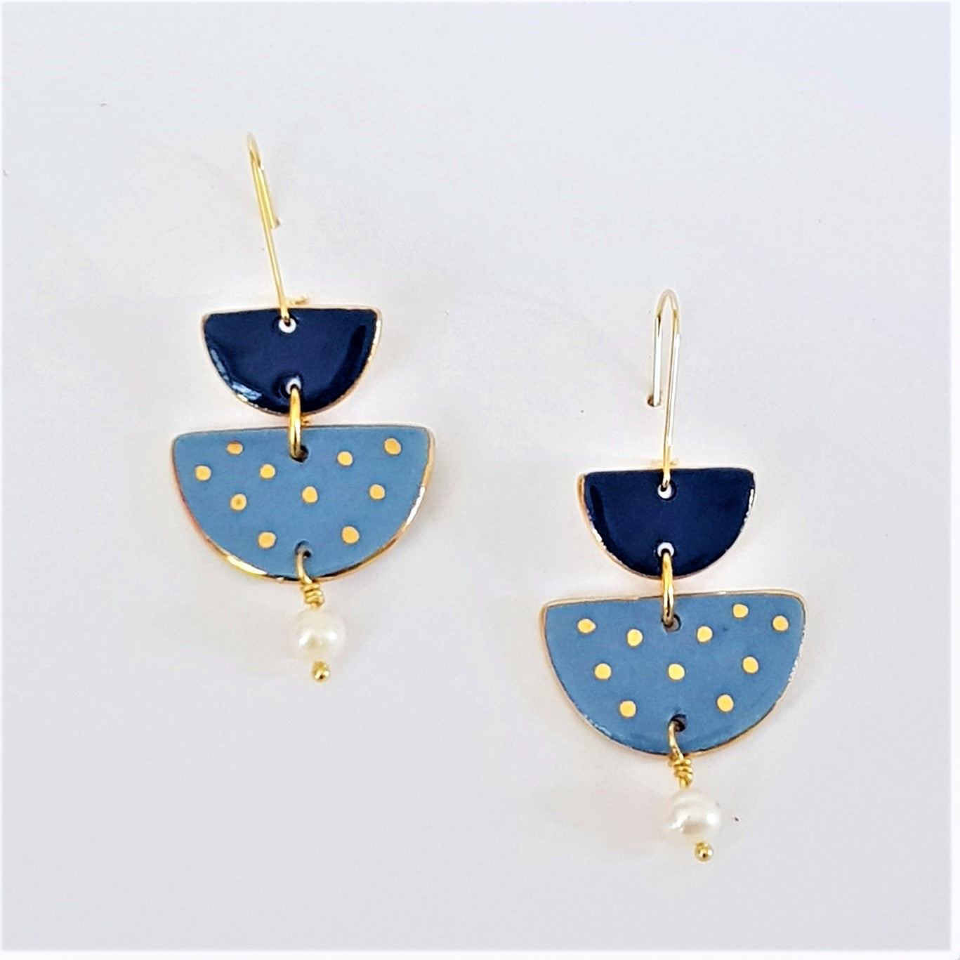 Two tiered porcelain earrings with pearls and gold - dark and light blue.