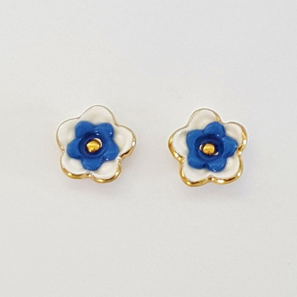 Floral collective studs in white and blue