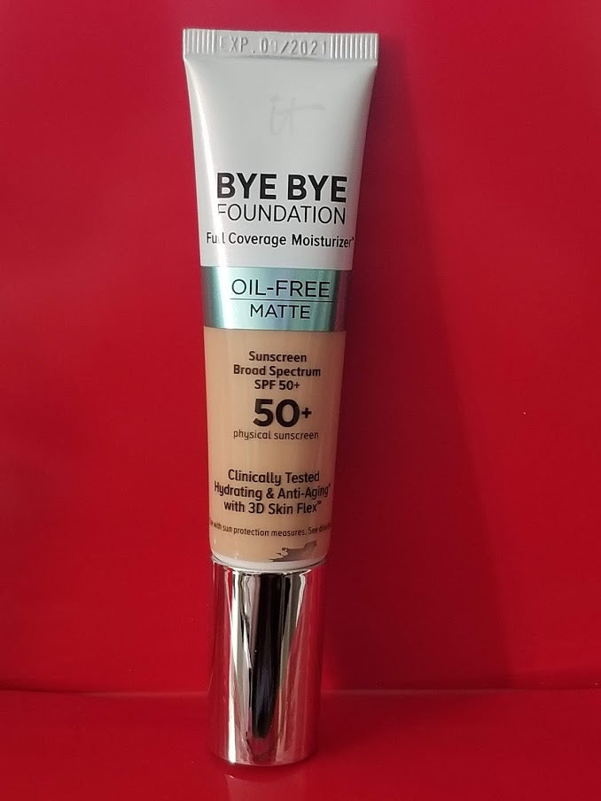 IT Cosmetics BYE BYE FOUNDATION Oil Free Matte ❤️ Light Medium ❤️ - I Have Cosmetics