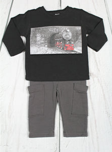 2pc  blk train top w steel cargo pant.