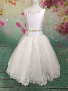 P1576 Sleeveless Glitter Couture Communion Dress With Bow