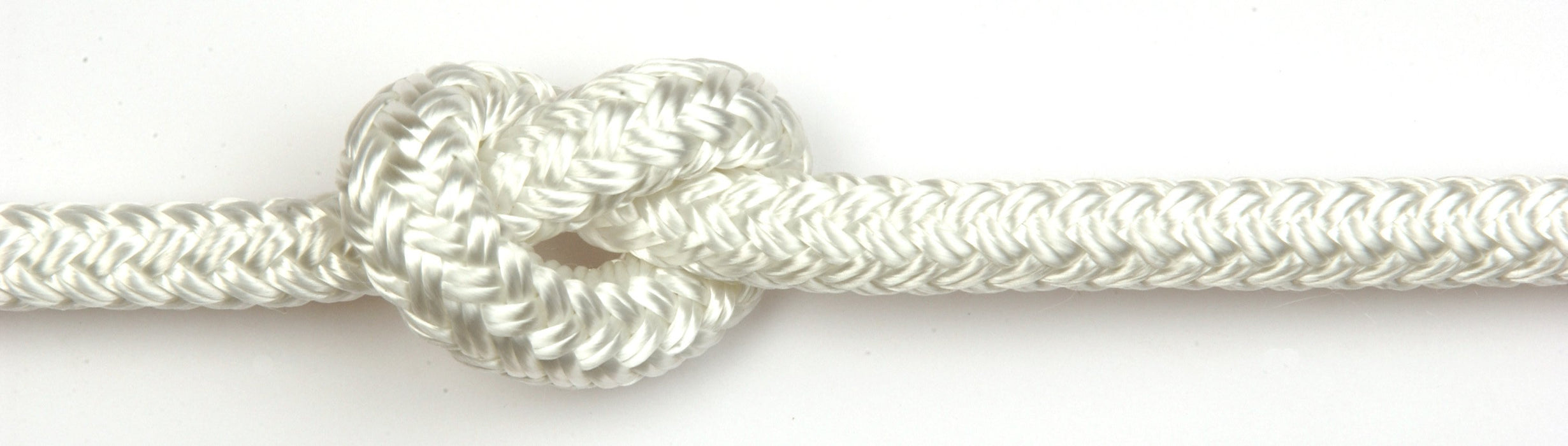 Braid-on-braid polyester rope