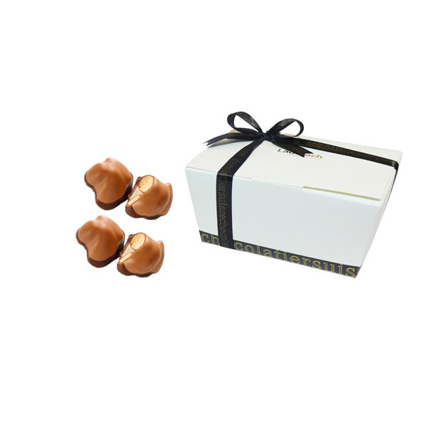 Praline Trois Soeurs - Laderach Swiss Chococlates