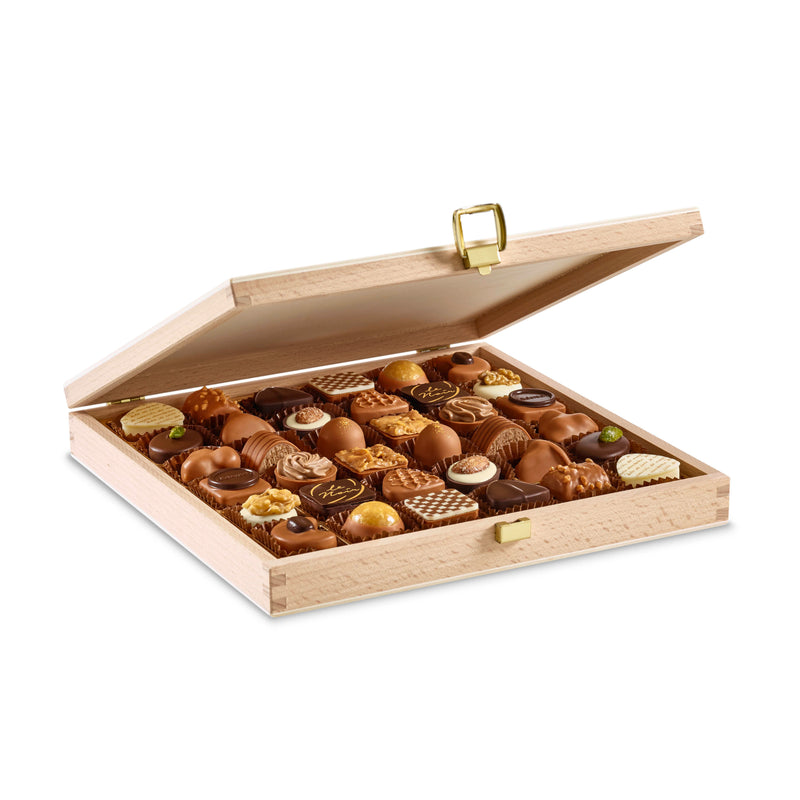 Laderach Wood Box 36 Pcs - Laderach Swiss Chococlates