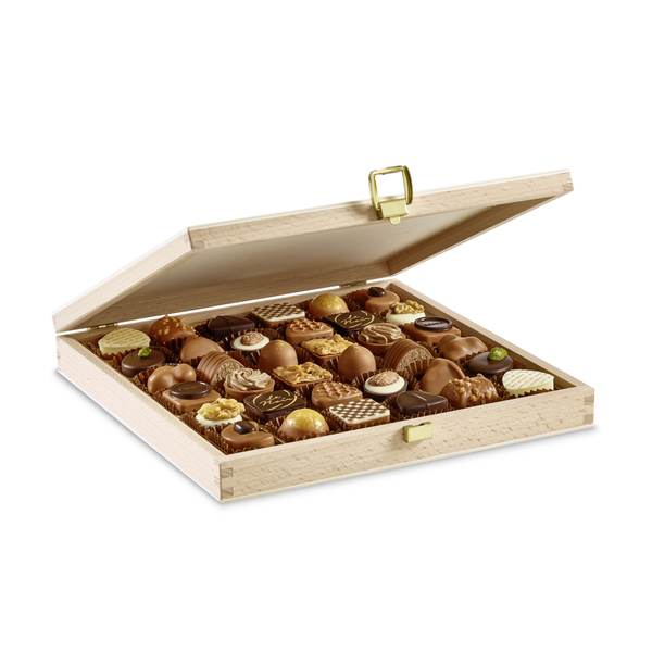 Ramadan Praline Small Box Ver. 1 - Laderach Swiss Chococlates