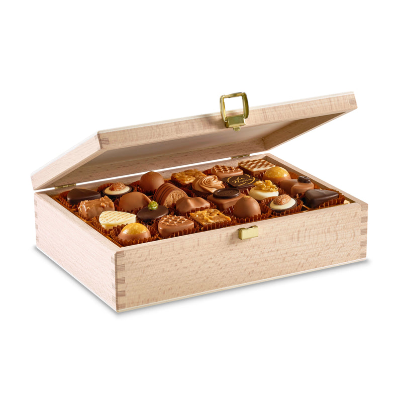 Laderach Wood Box 48 Pcs - Laderach Swiss Chococlates