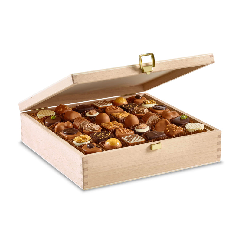 Laderach Wood Box 72 Pcs - Laderach Swiss Chococlates