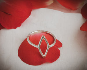 Sterling silver yoni ring