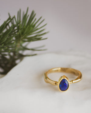 Dillon Rose black opal 18K gold ring