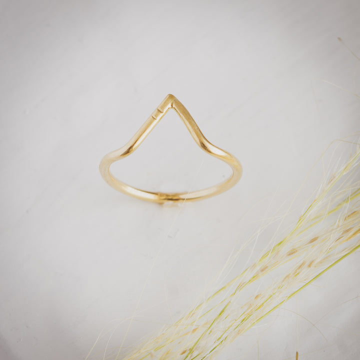 Peak ring in Sterling Silver or 18k gold. Custom wedding jewelry. Tulsa engagement ring.