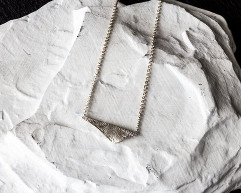 Lift Necklace
