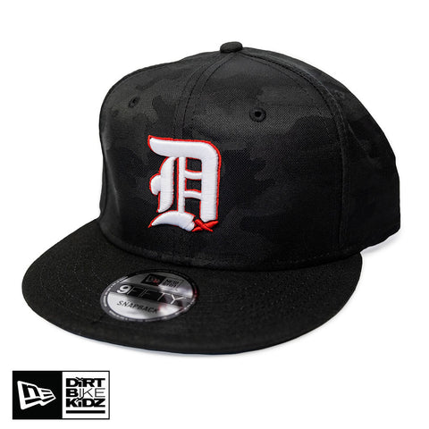 Big D Snapback - Black Camo & White