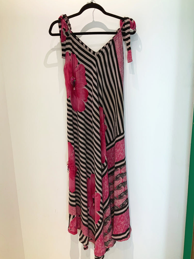 Vacation Wabi-Sabi Pure Silk Maxi Dress with Belt