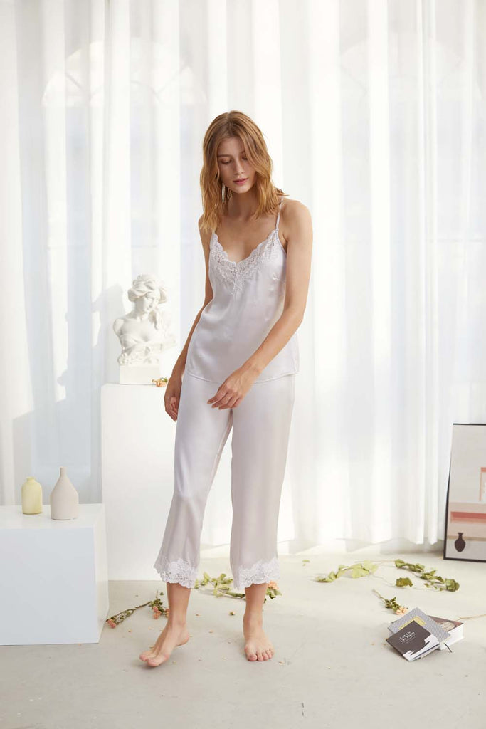 Smoothed morning lace-trimmed Silk-Satin Camisole and Pants Set