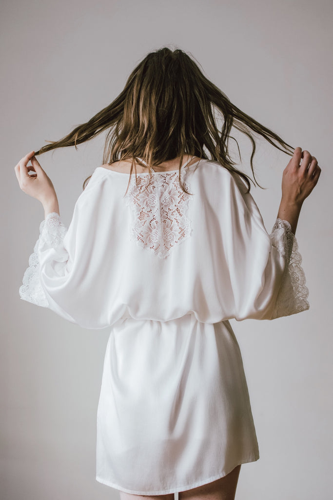 Lace-Trimmed Silk Satin Robe-White