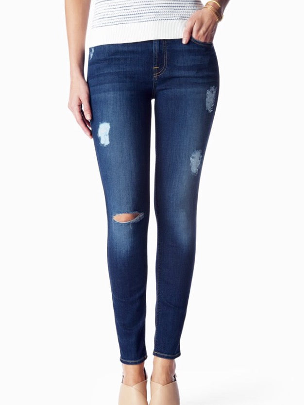 7FAM B(air) Distressed Ankle Skinny in Duchess
