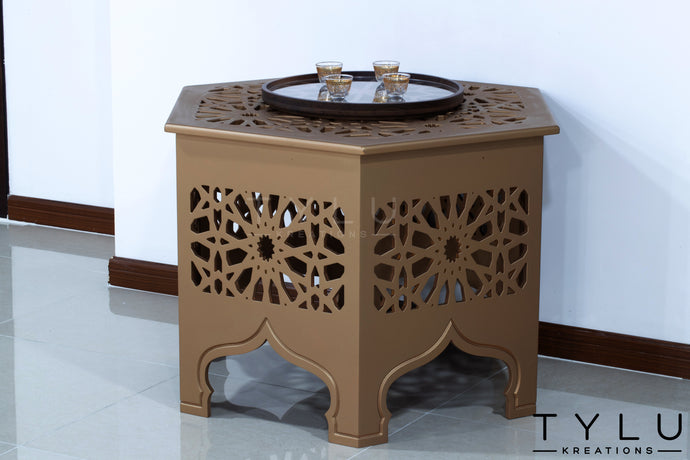 Traditional Corner Table