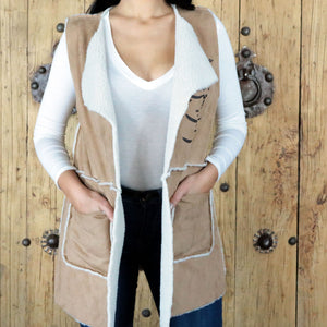 Women Gilet with Printed Calligraphy of a Persian Poem - gallery-eshgh