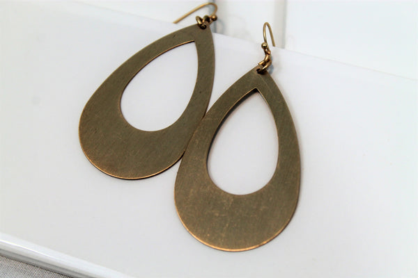 Teardrop Hoop Earrings - Lotus Ave. Boutique