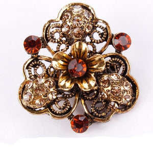 Vintage Brooch in assorted designs