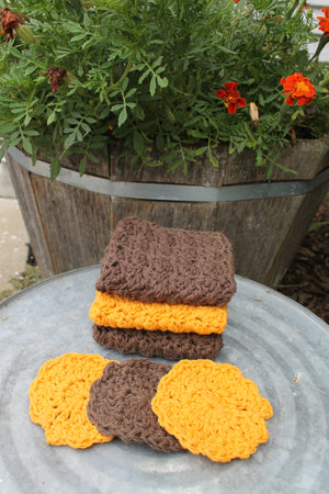 Washcloth and Scrubby set. Brown and Orange