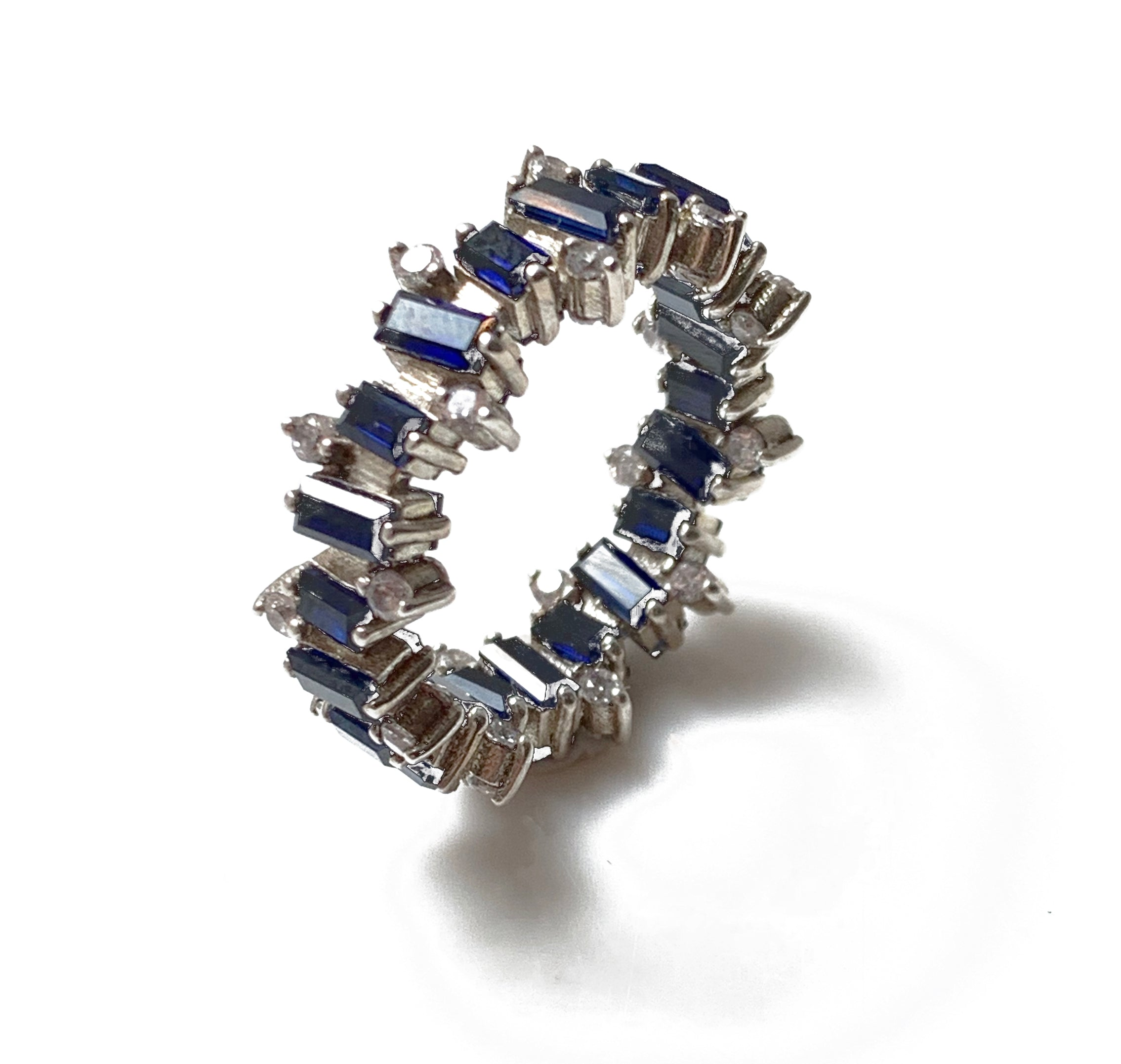 Ring Jagged White And Blue Sapphires