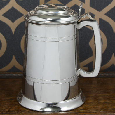1pt English Pewter Tankard - 2 Line Pattern With Lid