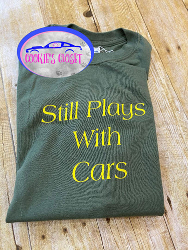 ****CLEARANCE**** Adult Green Small Still Plays with Cars Shirt