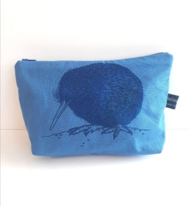Kiwi Make up bag Blue
