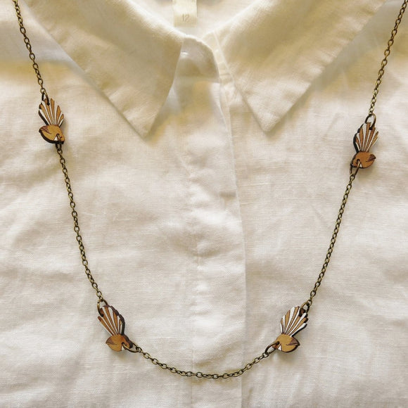 Fantail Chain Necklace (Reclaimed Rimu)