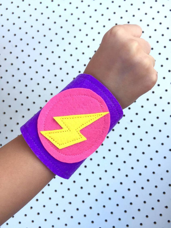 Dress-Up Felt Superhero Cuffs