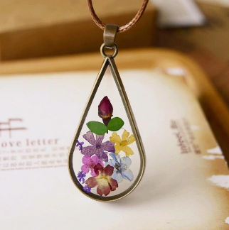 Bronze Flowerly Love Necklace
