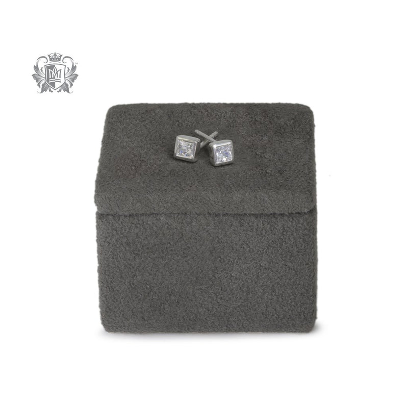 Small Square Cubic Studs 3.5mm - scale