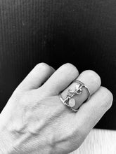 Load image into Gallery viewer, Pink turmaline silver band ring