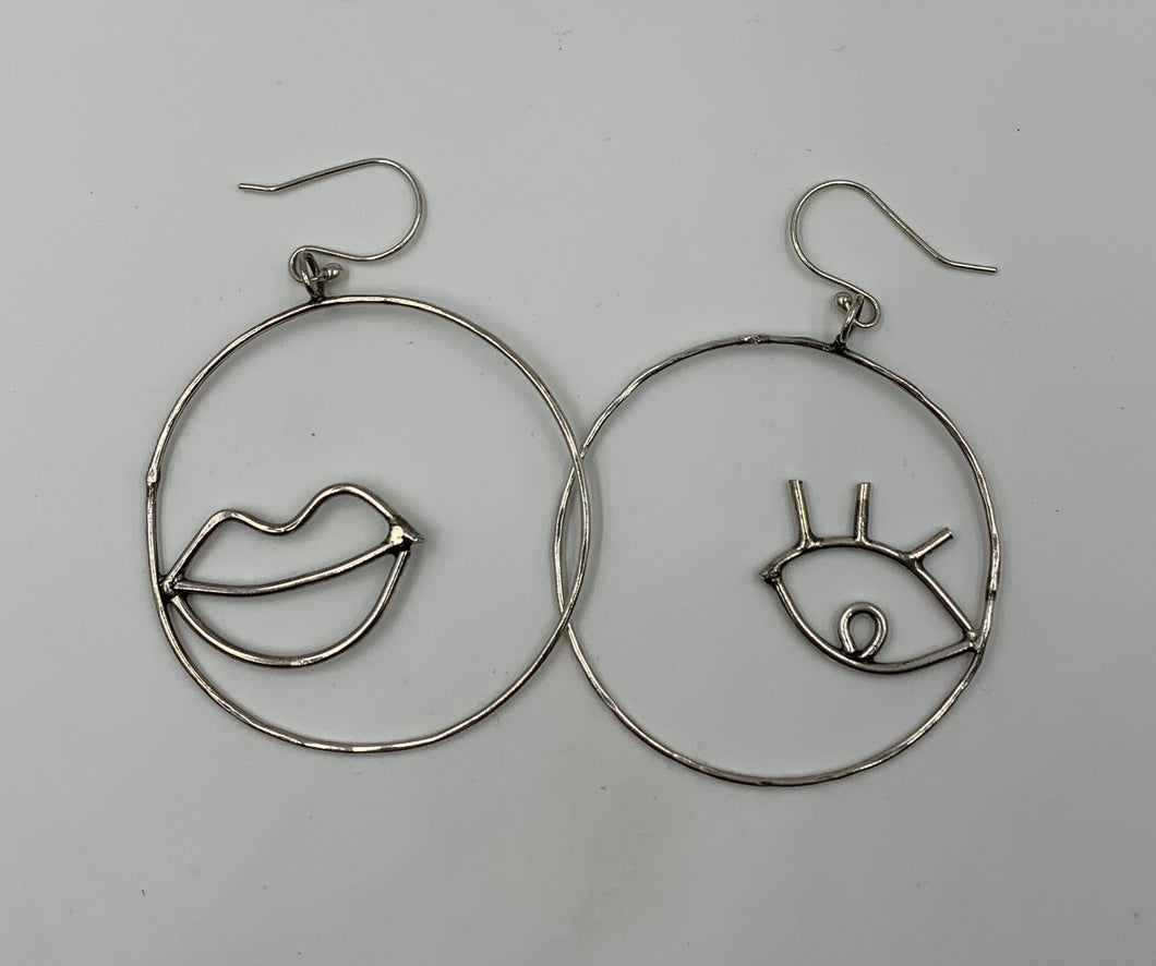 Kissy Face Earrings
