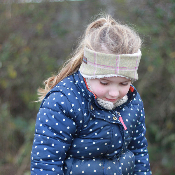 New Children's Earwarmer in Gooseberry