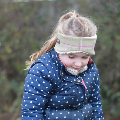 Children's Earwarmer in Gooseberry