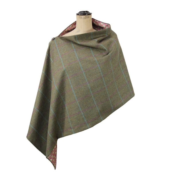 Tweed Poncho in Loganberry